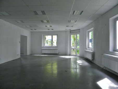 music_space_empty_modern_renovated-1080909.jpg!s